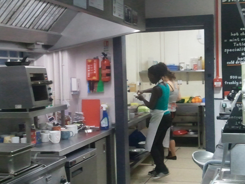 Carol & Arrianne preparing the meals at Work Out Eat Out
